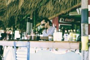 aperitivo in spiaggia a Rimini